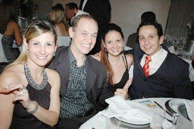 Jantar do Dia do Cirurgião Dentista com Homenagem ao Dr. Gastão e à Dra. Lud Becker